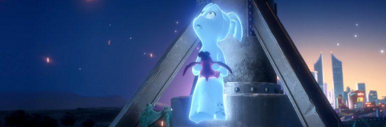 Elli regarde le ciel dans Elli and the Ghostly Ghost Train