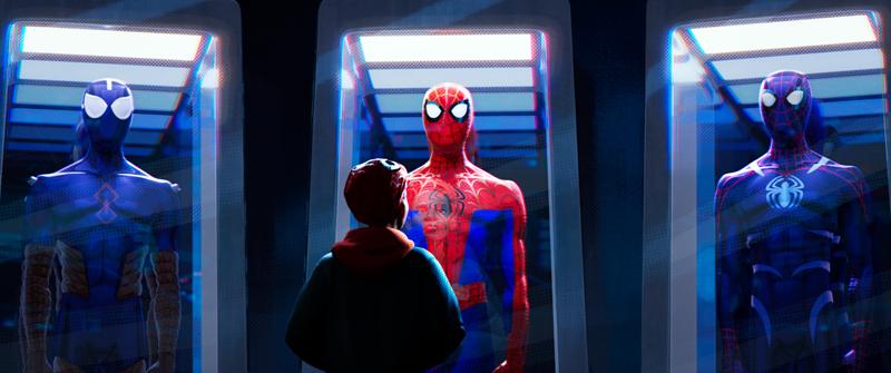 Miles découvre les différents costumes de Spider-Man