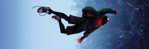 Miles Morales en Spider-Man qui tombe dans le vide